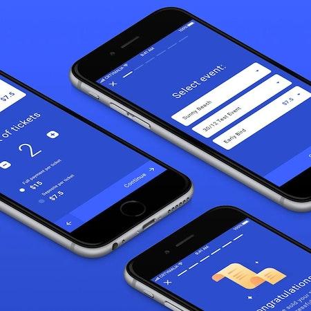 青色のスマホアプリデザイン