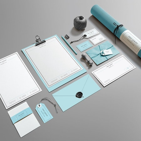 ライトブルー色のブランディングデザイン、ステーショナリー、名刺、レターヘッド、封筒