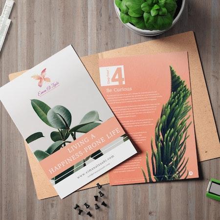 植物の写真が掲載されている雑誌レイアウトデザイン